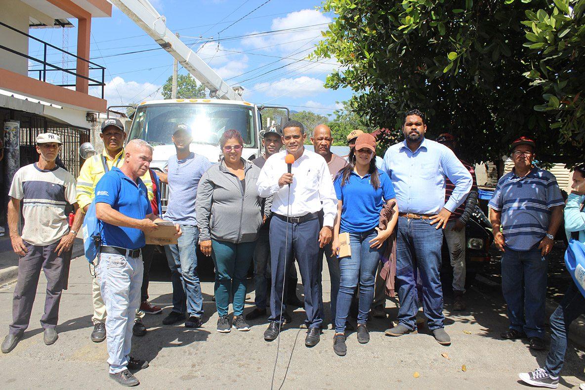 Alcalde Darío Rodríguez encabeza operativo de limpieza en Paraíso del Yuna