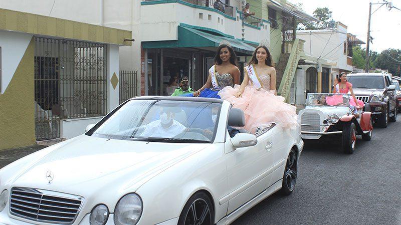 Varios años después de su desaparición, alcalde Eberto Núñez rescata desfile de la reina Fiestas Patronales San Antonio de Padua